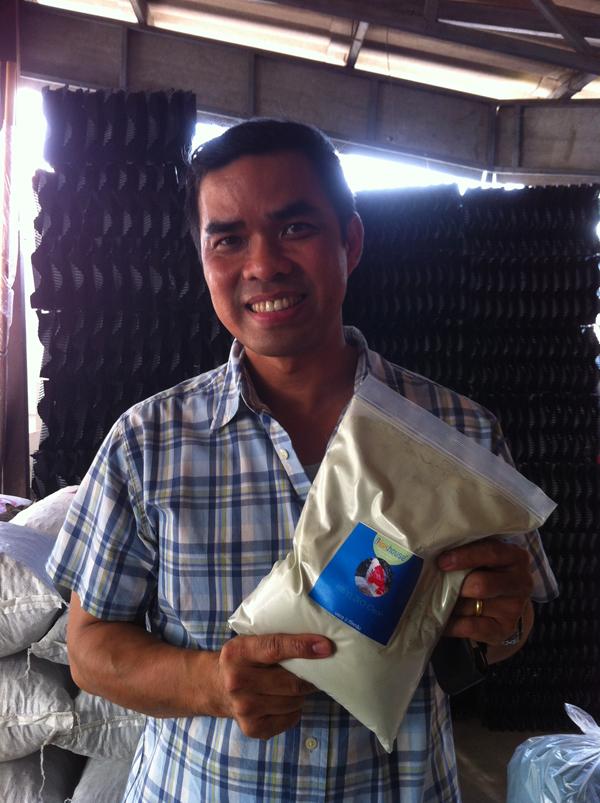 2012-12-28 15.19.07 พี่ไก่ สายไหม